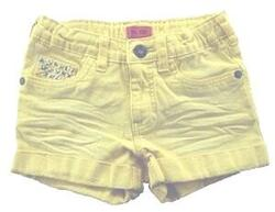 Me Too gule korte shorts str. 116